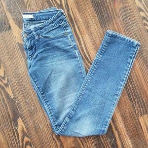 Bullhead Brand Super Skinny Jeans